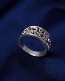 Stříbrný prsten PS007