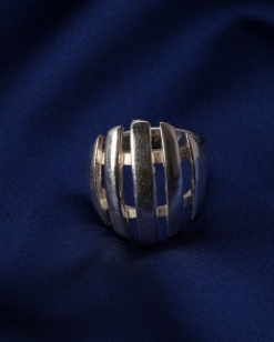 Stříbrný prsten PS016