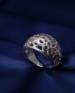 Stříbrný prsten PS017