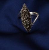 Stříbrný prsten s markazitem PM019