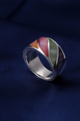 Stříbrný prsten s perletí PB009