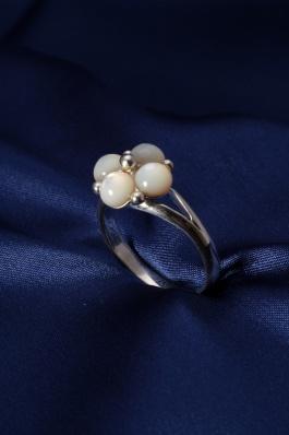 Stříbrný prsten s perletí PB013