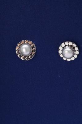 Stříbrné náušnice s perlou NP008