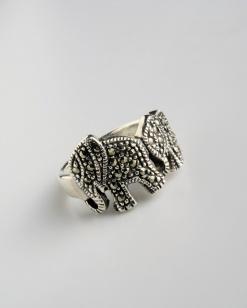 Stříbrný prsten s markazitem PM009