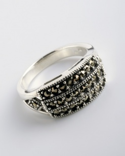 Stříbrný prsten s markazitem PM016