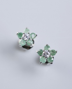 Stříbrné náušnice se smaragdy a zirkonem NK018