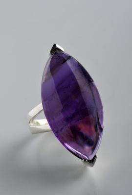 Stříbrný prsten s ametystem PK038