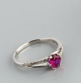 Stříbrný prsten s kubickými zirkony PK048