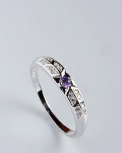 Stříbrný prsten s kubickými zirkony PK060