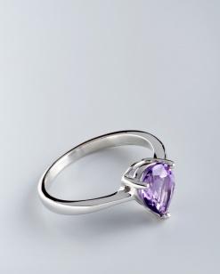 Stříbrný prsten s ametystem PK063