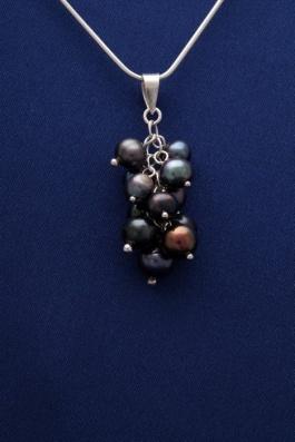 Přívěsek s perlami PVP001 - černá