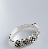 Stříbrný prsten s markazity PM020