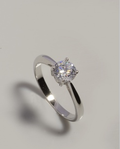 Stříbrný prsten s kubickým zirkonen PK065