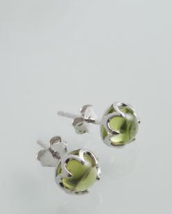 Stříbrné náušnice s olivínem NK050