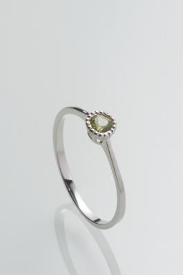 Stříbrný prsten s olivínem PK075