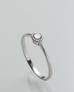 Stříbrný prsten s topazem PK076